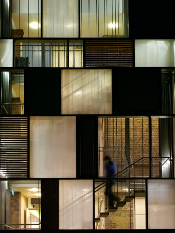 Photographer: Richard Bryant/arcaid.co.uk Arcaid ref: 11246-100-1 Title: Siobahn Davies Studios Architect: Sarah Wigglesworth Architects