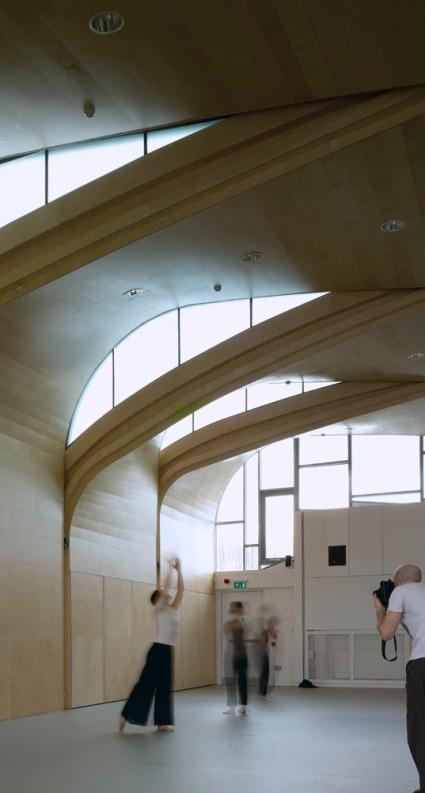 Photographer: Richard Bryant/arcaid.co.uk Arcaid ref: 11246-260-1 Title: Siobahn Davies Studios Architect: Sarah Wigglesworth Architects